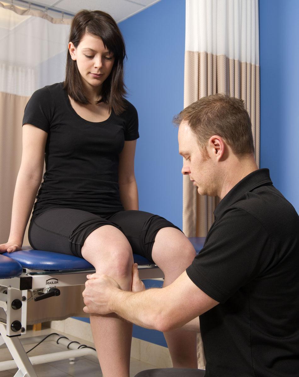Физиопроцедуры при артрозе (гонартрозе) и артрите коленного сустава