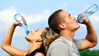 достаточное количество жидкости предотвращает спазмирование