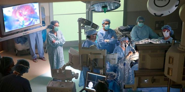 хирургическое лечение единственный эффективный способ терапии аденомы