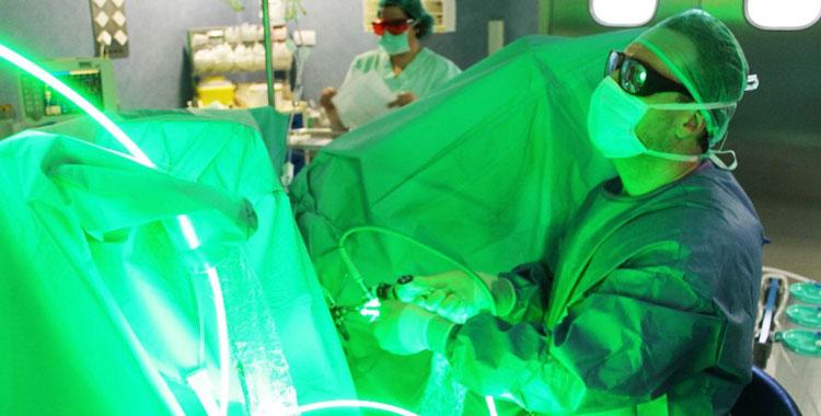 делаю ли операцию при хроническом простатите